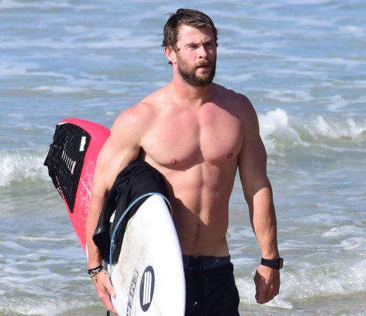 Chris Hemsworth fisico di thor