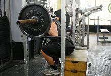 esecuzione del box squat