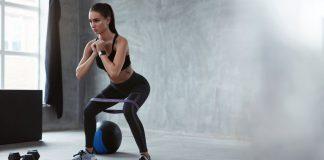 esercizi per le gambe a corpo libero